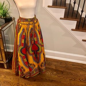 Dresses & Skirts - NWOT African print maxiskirt